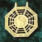 I Ching pendant Gold