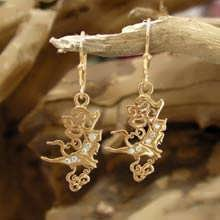 The Air Element Earrings Gold with Diamonds