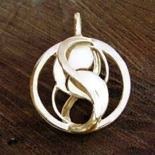 Entangled Pendant Gold