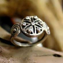 Ka Ring Silver With Zircons