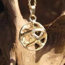 Genesa Kristall -  Gold mit Diamant