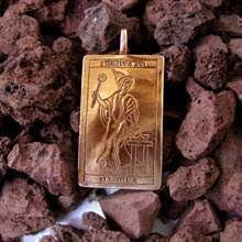 Кулон «Таро: Маг», золото