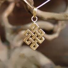 Tibetischer Knoten Anhänger Gold