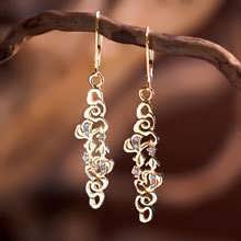 The Water Element Earrings Gold With Diamonds