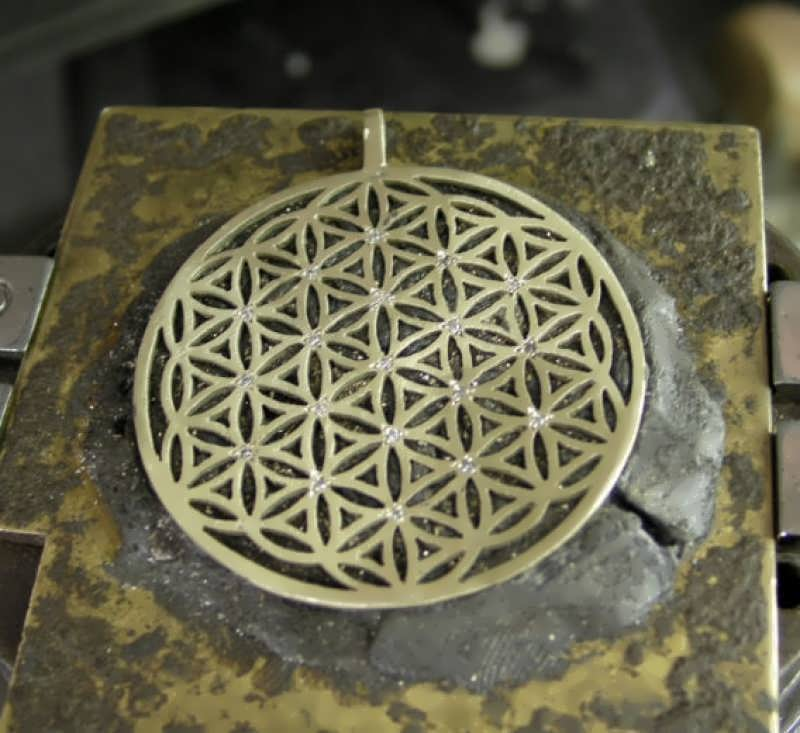 Flower Of Life with diamonds