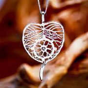 Dharma Pendant Silver 535