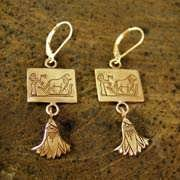Leo Earrings Gold 506