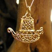 Journey Pendant Gold (Boat)