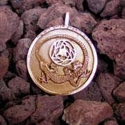 Divination Pendant Gold 529