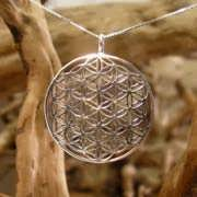 Flower of Life Pendant - Silver 18