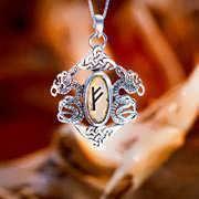 Rune Pendant Silver 425