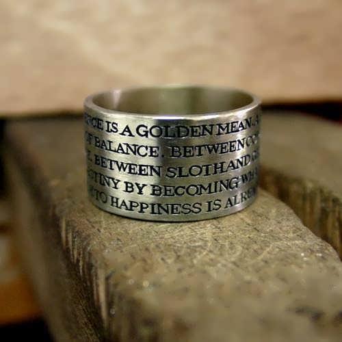 טבעת המצוינות של אריסטו בכסף