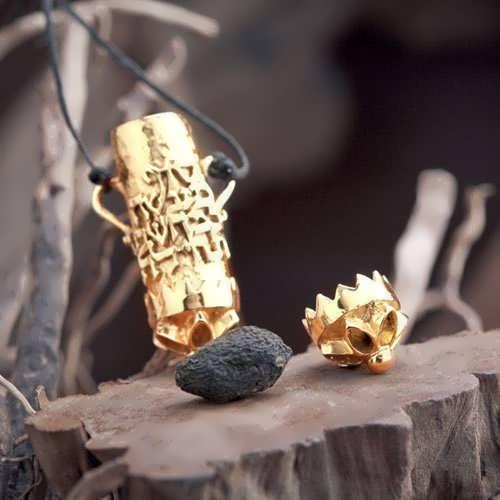 Karma Pendant Gold