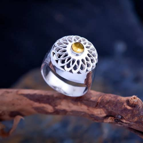 Torus Knot Ring Silver with Citrine