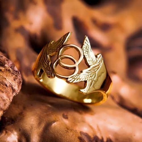 Vesica Pisces Ring Gold
