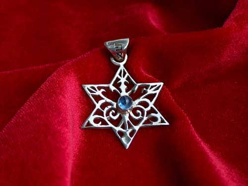 Inlaid Star of david - silver with sapphire