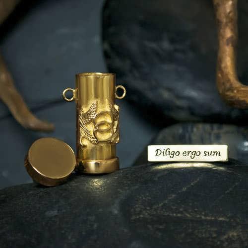 Cosmic Motto Pendant Gold