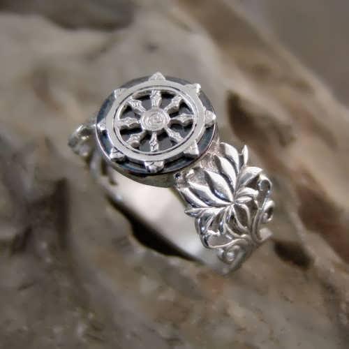 Dharma Ring Silver