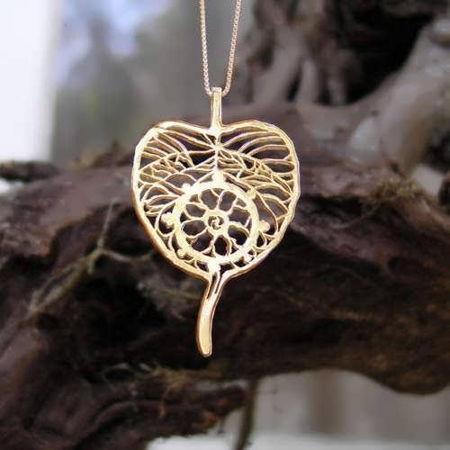Dharma Pendant Gold