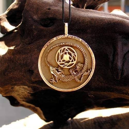Divination Pendant Gold