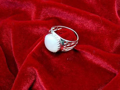 Egyptian Lotus ring silver with Moonstone