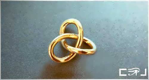 Gordian Knot Pendant Gold Medium