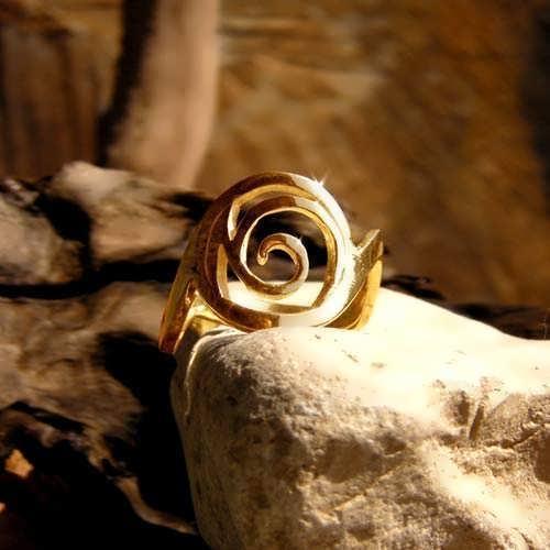 Healing Rafa Ring Gold