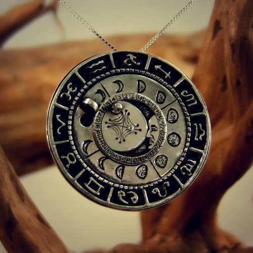 קמע לוח הירח (*מהדורה מוגבלת*)