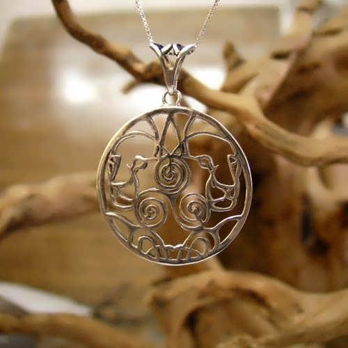 Lioness Motherhood Pendant Silver