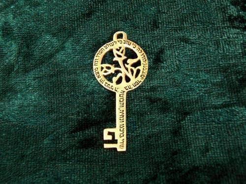 Peace Angel Key Gold