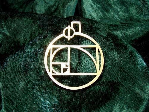 Phi Pendant Gold