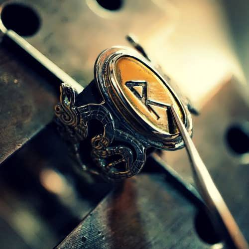 Runes Ring Gold