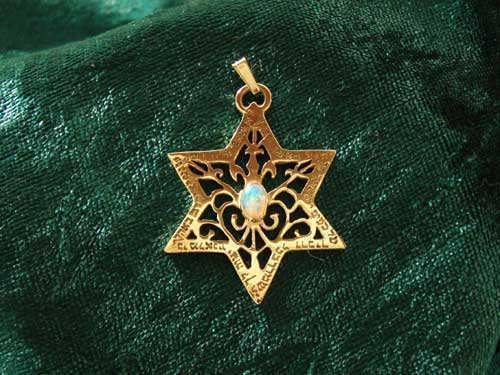 Star of David for protection gold with Opal