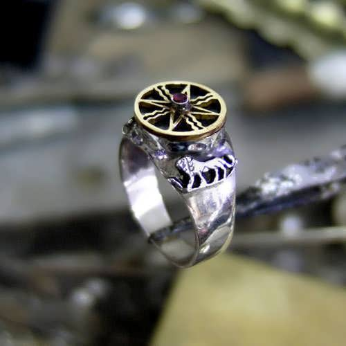 Sun in Leo Talisman Ring Silver and Gold