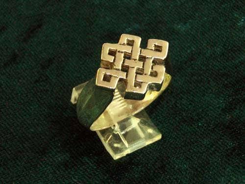 Tibetan Knot Ring Gold