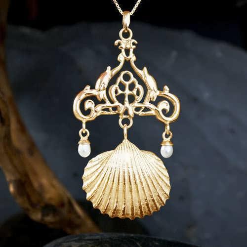 Venus in Taurus Talisman Gold