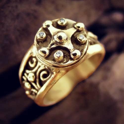 טבעת קמע Venus Transit של המאיה בוזהב (*מהדורה מוגבלת*)