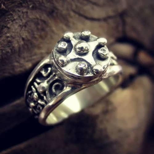 טבעת קמע Venus Jupiter של המאיה בכסף (*מהדורה מוגבלת*)
