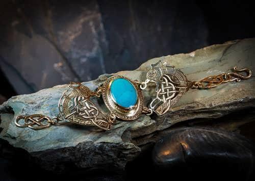 Viking's Freedom Bracelet Gold