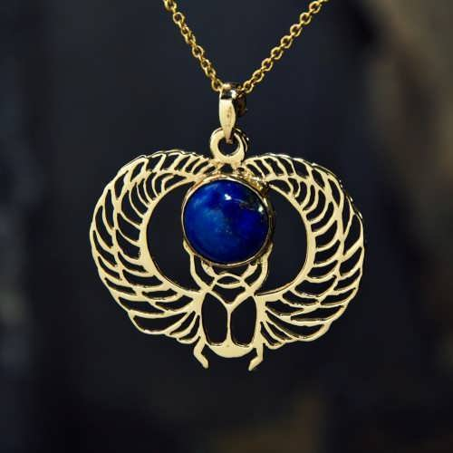 Кулон «Крылатый скарабей», золото