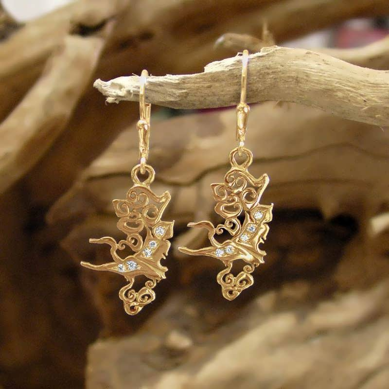 the air element earrings gold with diamonds. Black Bedroom Furniture Sets. Home Design Ideas