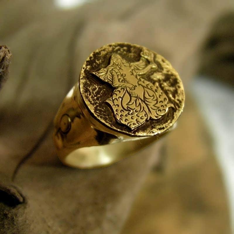 Venus Ring Gold Talisman