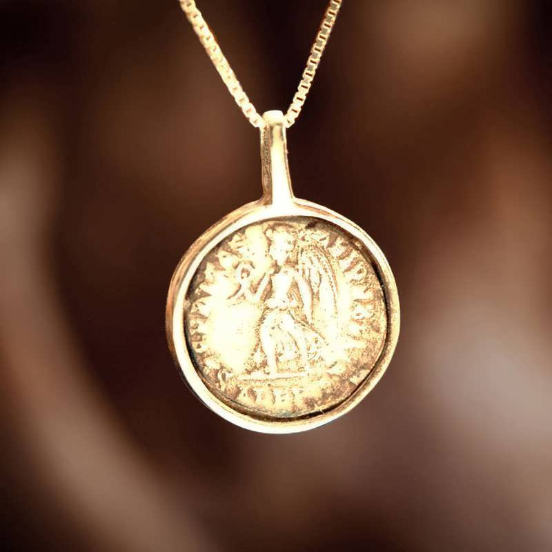 victory pendant gold