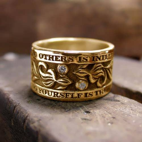 I Wisdom Ring Gold with Diamond